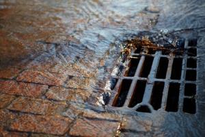 sewage-traffic.jpg (300×200)